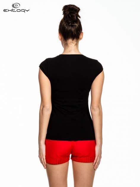 Czarny damski t-shirt sportowy basic                                  zdj.                                  4