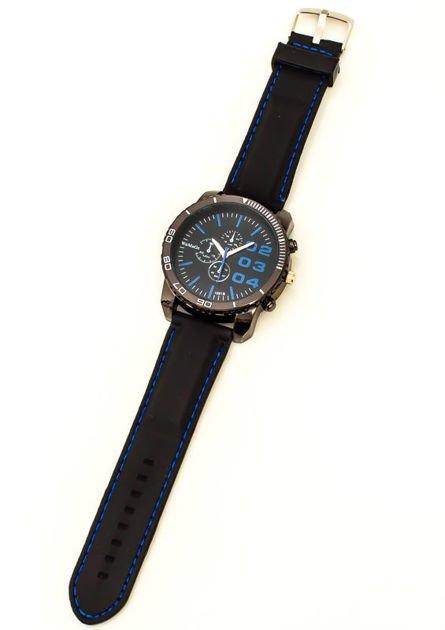 Czarny duży zegarek męski na silikonowym wygodnym pasku z granatowymi wstawkami                              zdj.                              2