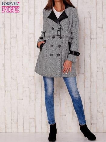 Czarny dwurzędowy płaszcz w jodełkę ze skórzanymi wstawkami                                  zdj.                                  5