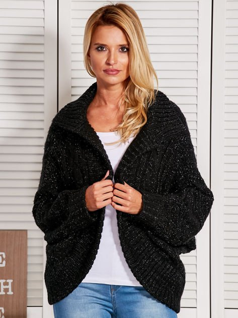 Czarny dziergany sweter  przeplatany błyszczącą nicią                                  zdj.                                  1