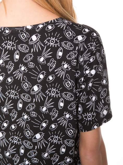 Czarny luźny krótki t-shirt z kieszonką w nadruk oczu                                  zdj.                                  7