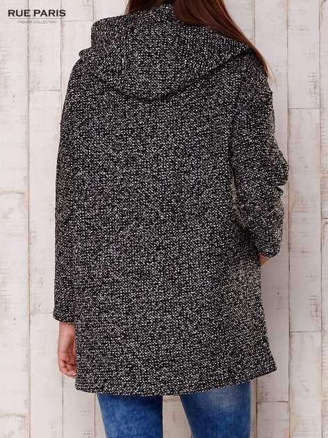 Czarny melanżowy płaszcz w literę A z kapturem                                  zdj.                                  2