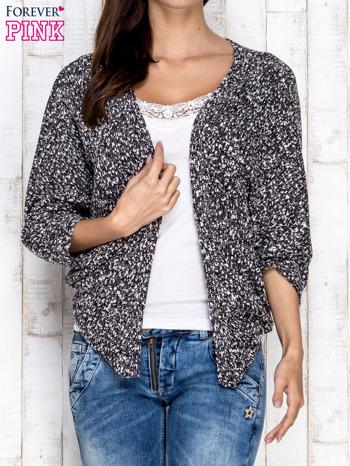 Czarny melanżowy sweter z rękawem typu nietoperz                                  zdj.                                  1