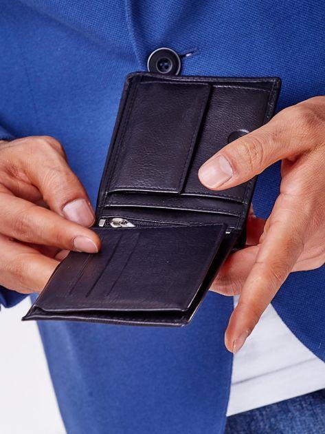 Czarny miękki portfel męski skórzany                              zdj.                              3