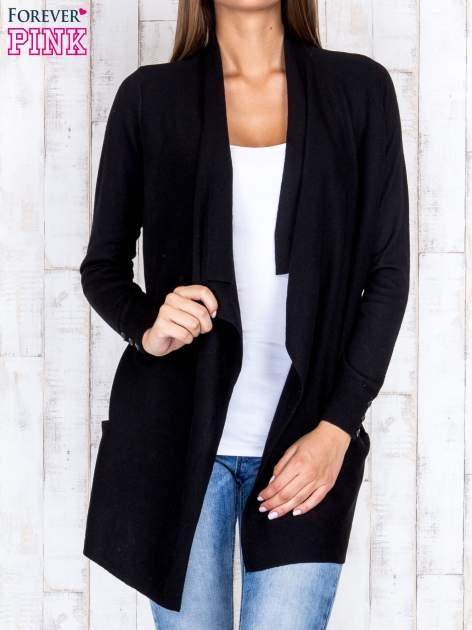 Czarny otwarty sweter z kieszeniami i guzikami na mankietach                                  zdj.                                  1