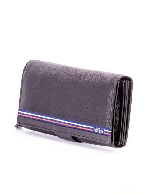 Czarny podłużny skórzany portfel z klapką                              zdj.                              3