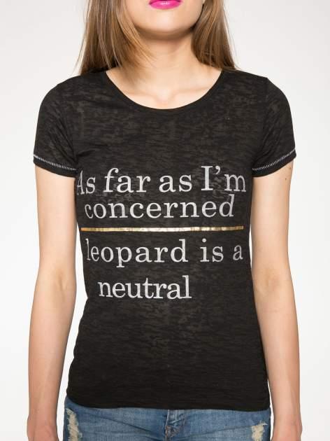 Czarny półtransparentny t-shirt z napisem                                  zdj.                                  7