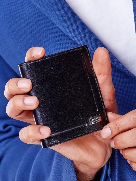 Czarny portfel z tłoczeniami męski                               zdj.                              3