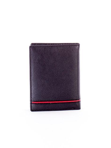 Czarny skórzany portfel dla mężczyzny z czerwonym emblematem                              zdj.                              2