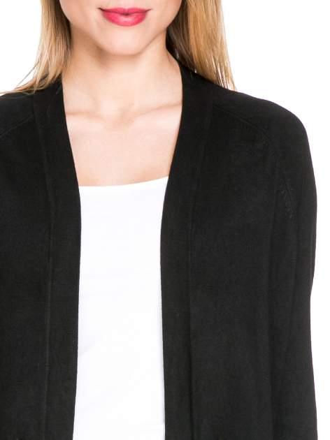 Czarny sweter kardigan z bocznymi kieszeniami                                  zdj.                                  5