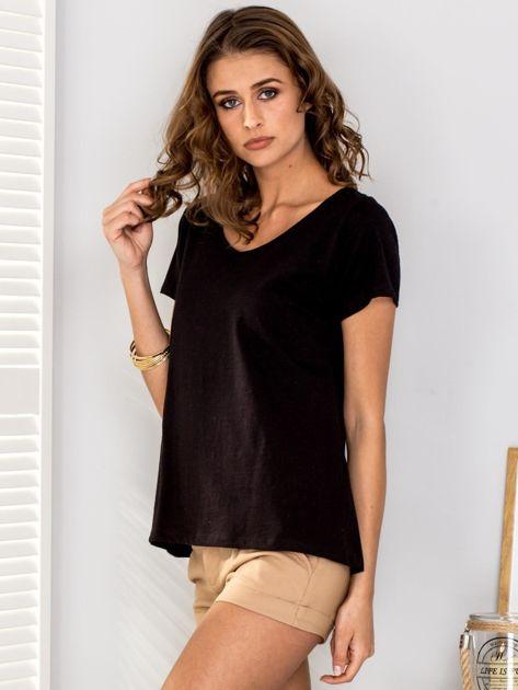 Czarny t-shirt V-neck                              zdj.                              3