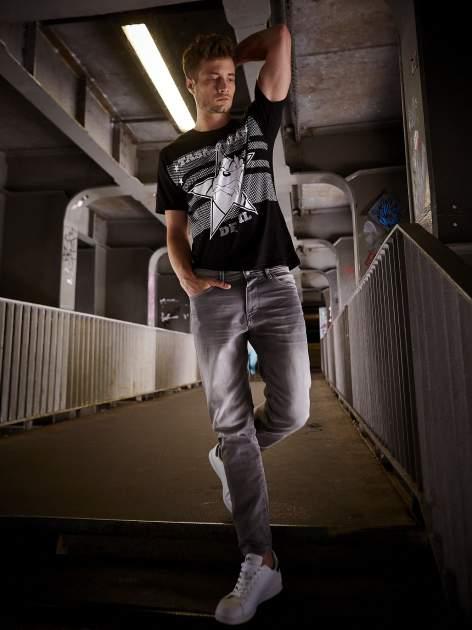 Czarny t-shirt męski LOONEY TUNES                                  zdj.                                  15