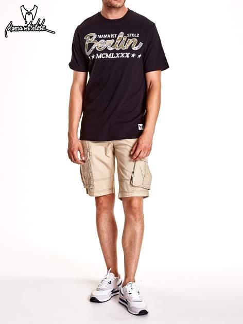 Czarny t-shirt męski z nadrukiem moro                                  zdj.                                  8