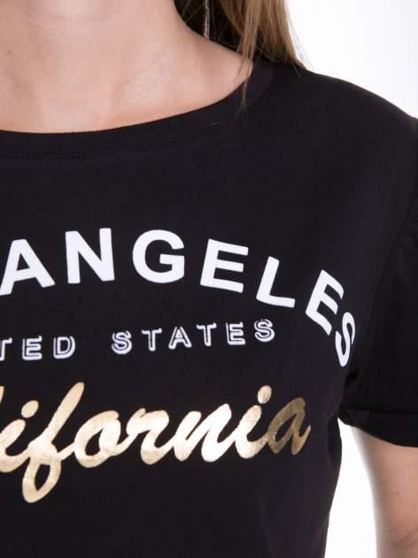 Czarny t-shirt typu crop top z nadrukiem UNITED STATES                                  zdj.                                  8