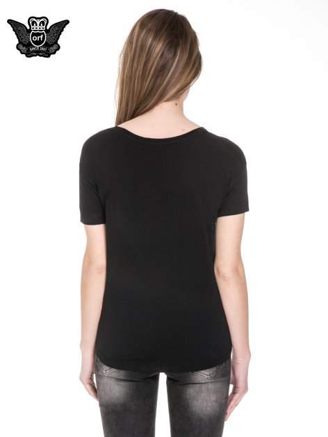Czarny t-shirt z aplikacją burzy z cekinów                                  zdj.                                  4