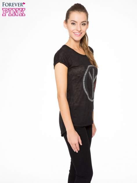 Czarny t-shirt z aplikacją z dżetów                                  zdj.                                  3
