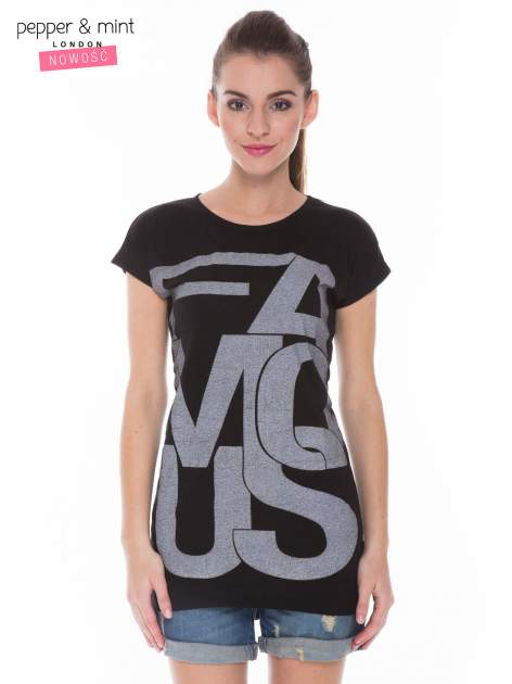 Czarny t-shirt z dużym nadrukiem tekstowym FAMOUS