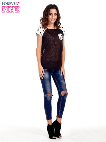 Czarny t-shirt z kieszonką w groszki                                  zdj.                                  2