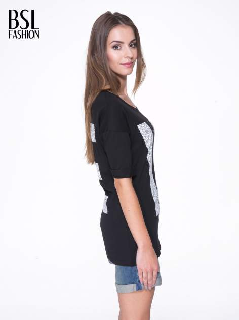 Czarny t-shirt z nadukiem WIBE z przodu i na plecach                                  zdj.                                  4