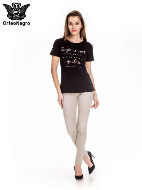 Czarny t-shirt z napisem LAUGH AS MUCH                                  zdj.                                  2