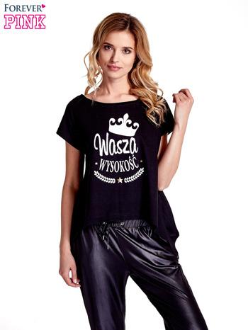 Czarny t-shirt z napisem WASZA WYSOKOŚĆ                                  zdj.                                  1