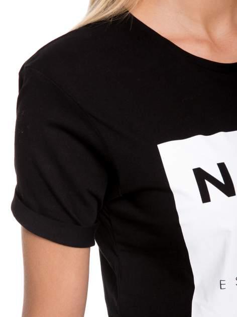 Czarny t-shirt z napisem w minimalistycznym stylu NICCE LONDON                                  zdj.                                  8