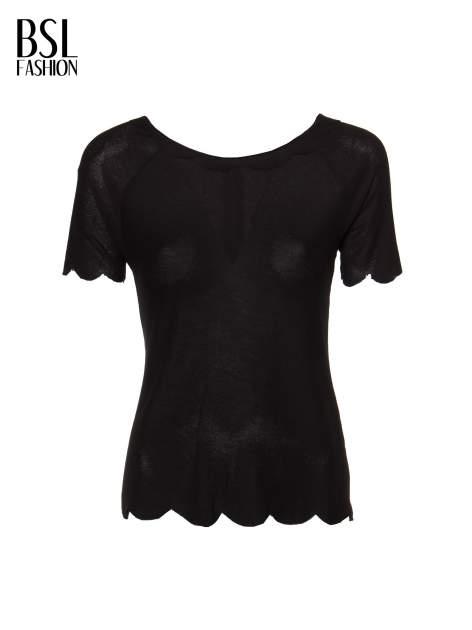 Czarny t-shirt z ozdobnym wykończeniem                                  zdj.                                  2