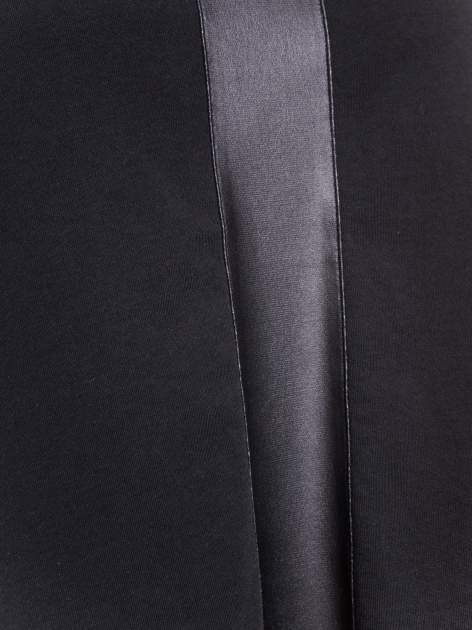 Czarny top ze skórzanym pasem                                  zdj.                                  4