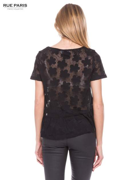 Czarny transparentny t-shirt w kwiaty z baskinką                                  zdj.                                  3