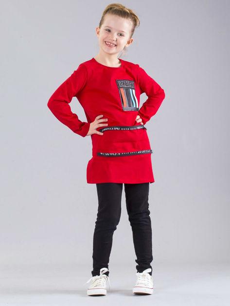 Czerwona bluzka dziewczęca z aplikacjami                              zdj.                              4