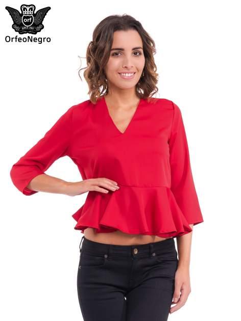 Czerwona bluzka z baskinką