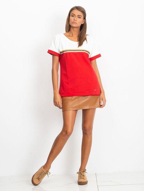 Czerwona bluzka z dekoltem na plecach                              zdj.                              4