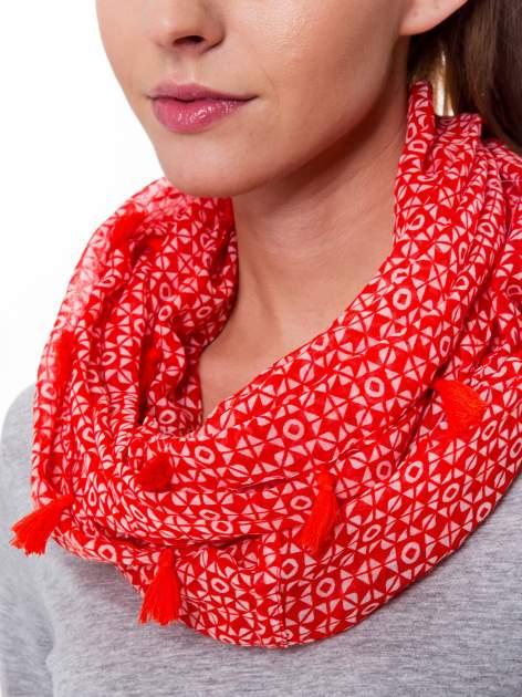 Czerwona chusta szal w geometryczny wzór                                  zdj.                                  3