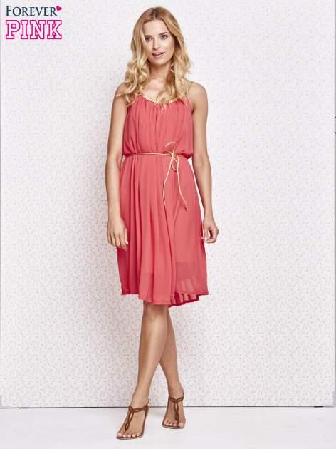 Czerwona grecka sukienka ze złotym paskiem                                  zdj.                                  4