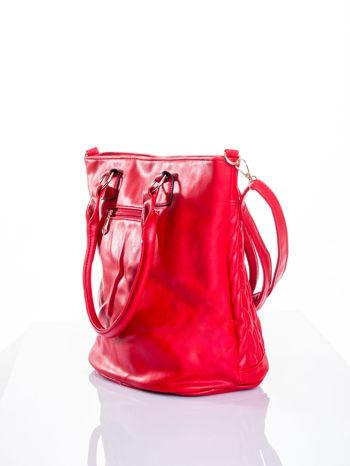 Czerwona pikowana torba na ramię                                  zdj.                                  5