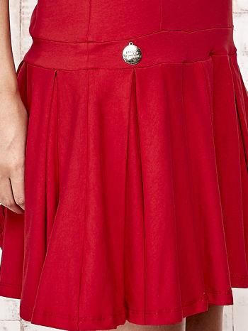 Czerwona sukienka dresowa z kokardami z tyłu                                  zdj.                                  5