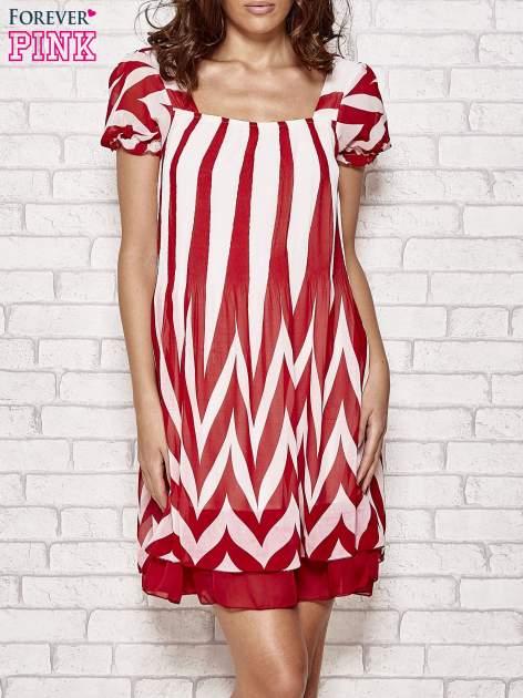 Czerwona sukienka w paski z bufiastymi rękawkami                                  zdj.                                  1