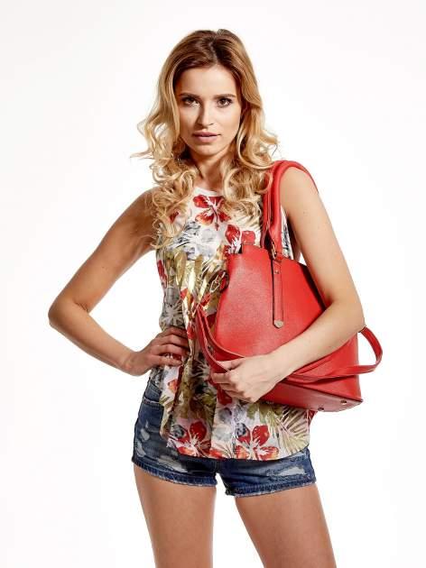 Czerwona torba na ramię z ozdobnymi detalami                                  zdj.                                  6