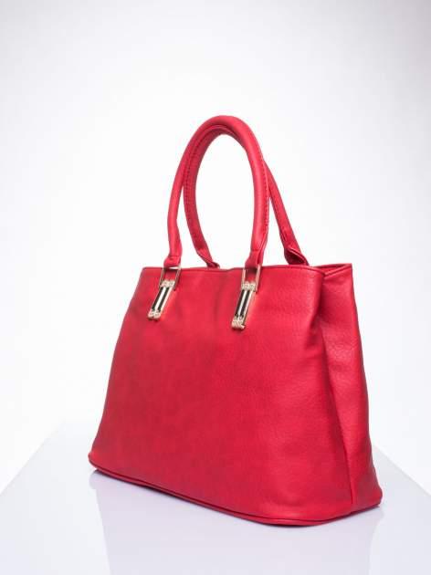 Czerwona torebka ze złotymi okuciami z kryształkami                                  zdj.                                  3