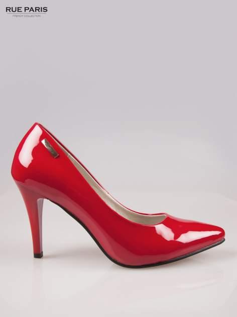 Czerwone lakierowane szpilki ze smukłym noskiem                                  zdj.                                  1