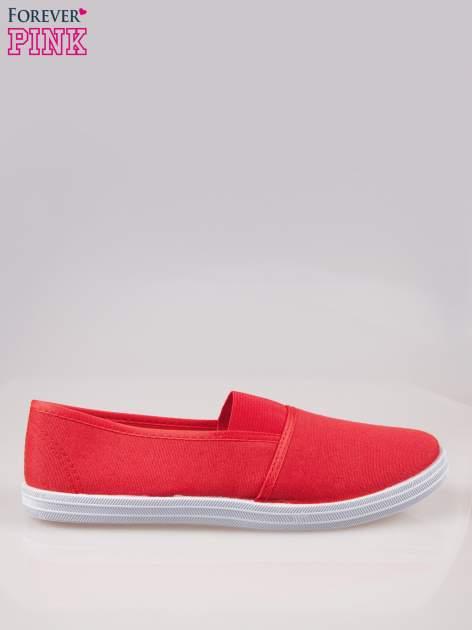 Czerwone miękkie buty slip on                                  zdj.                                  1