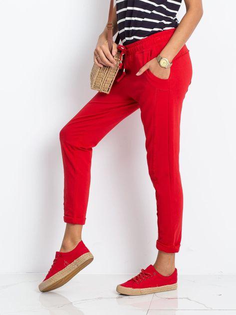 Czerwone spodnie Approachable                              zdj.                              3