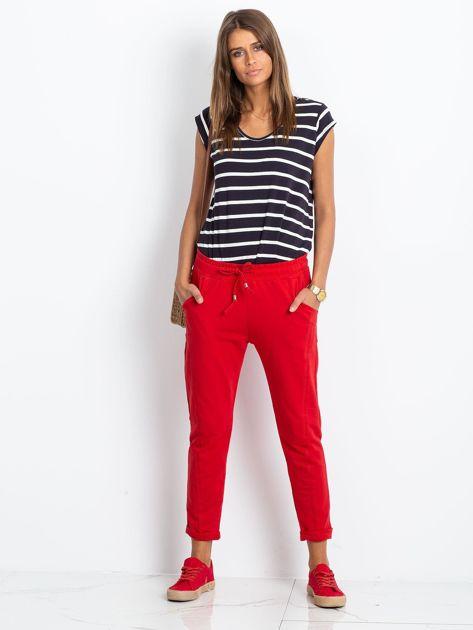 Czerwone spodnie Approachable                              zdj.                              4