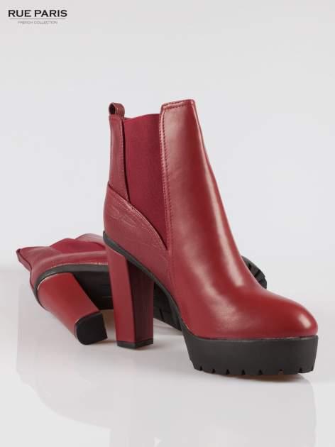 Czerwone wysokie botki na słupku i platformie                                   zdj.                                  4