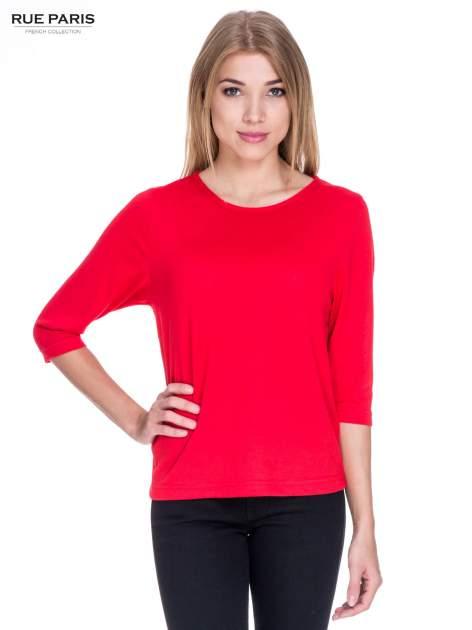 Czerwony klasyczny sweterek z luźnym rękawkiem 3/4                                  zdj.                                  1