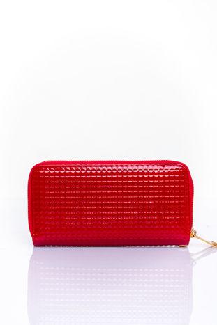 Czerwony pikowany portfel z uchwytem na rękę                                  zdj.                                  2