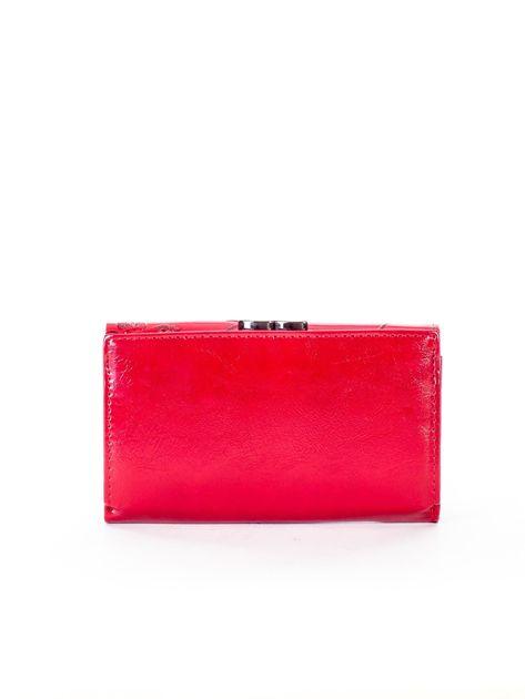 Czerwony portfel ze skóry naturalnej z tłoczonymi motylami                              zdj.                              2