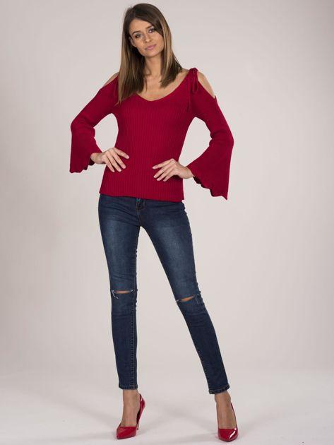 Czerwony sweter cold shoulder                              zdj.                              4
