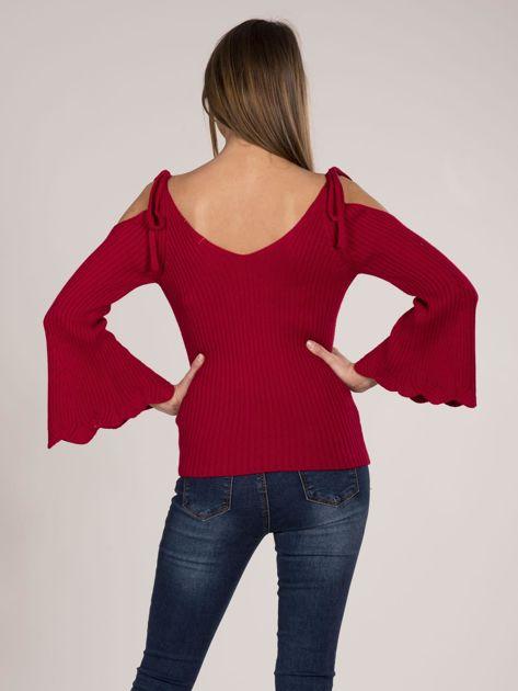Czerwony sweter cold shoulder                              zdj.                              6