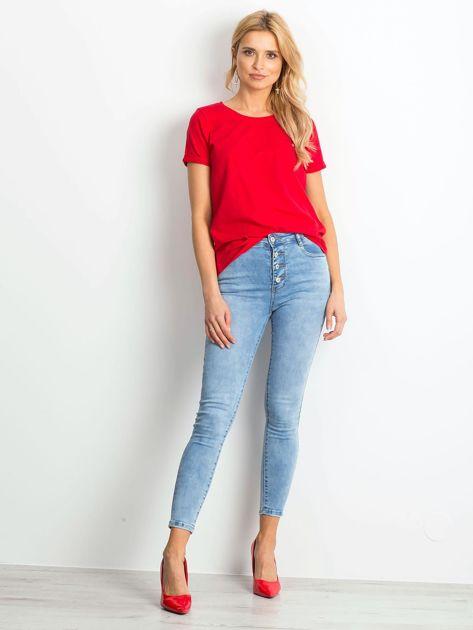 Czerwony t-shirt Transformative                              zdj.                              4